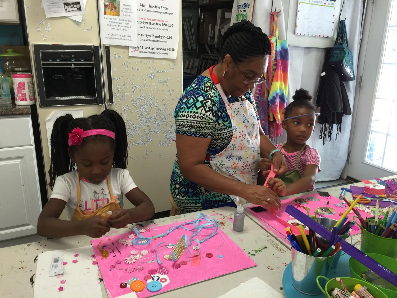making-art-at-tracey-marshall-studio-greensboro-nc-art-classes-kids-and-adults-IMG_0501.jpg