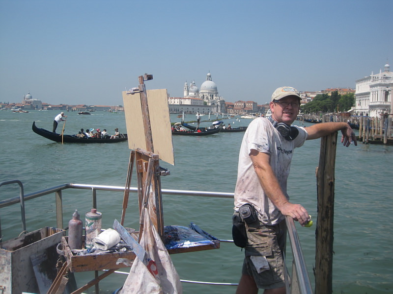 Ken Knight painting en plein air in Venice during the Biennale