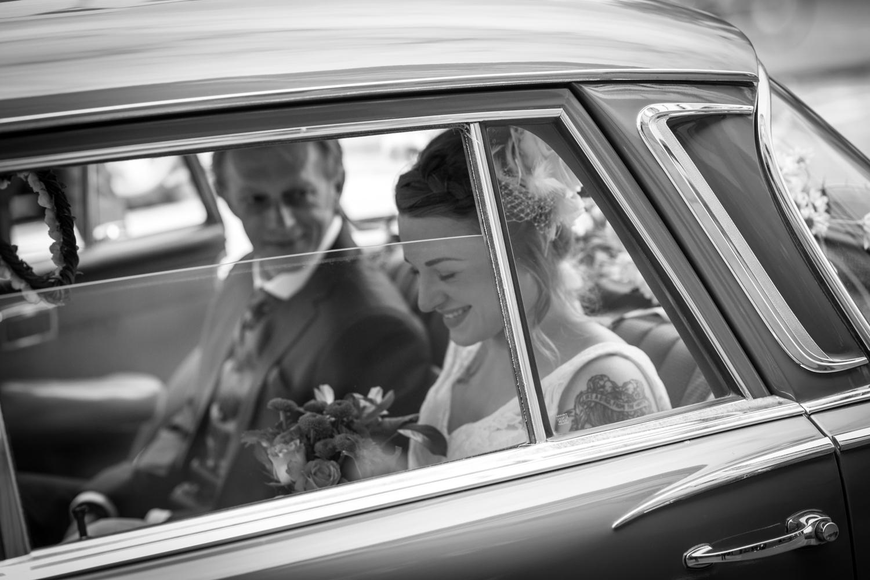 Anna and Aarron's wedding day-14.jpg