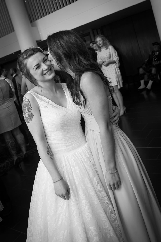 Anna and Aarron's wedding day-48.jpg