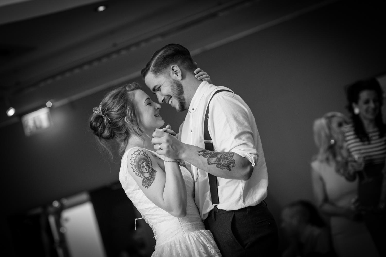 Anna and Aarron's wedding day-74.jpg
