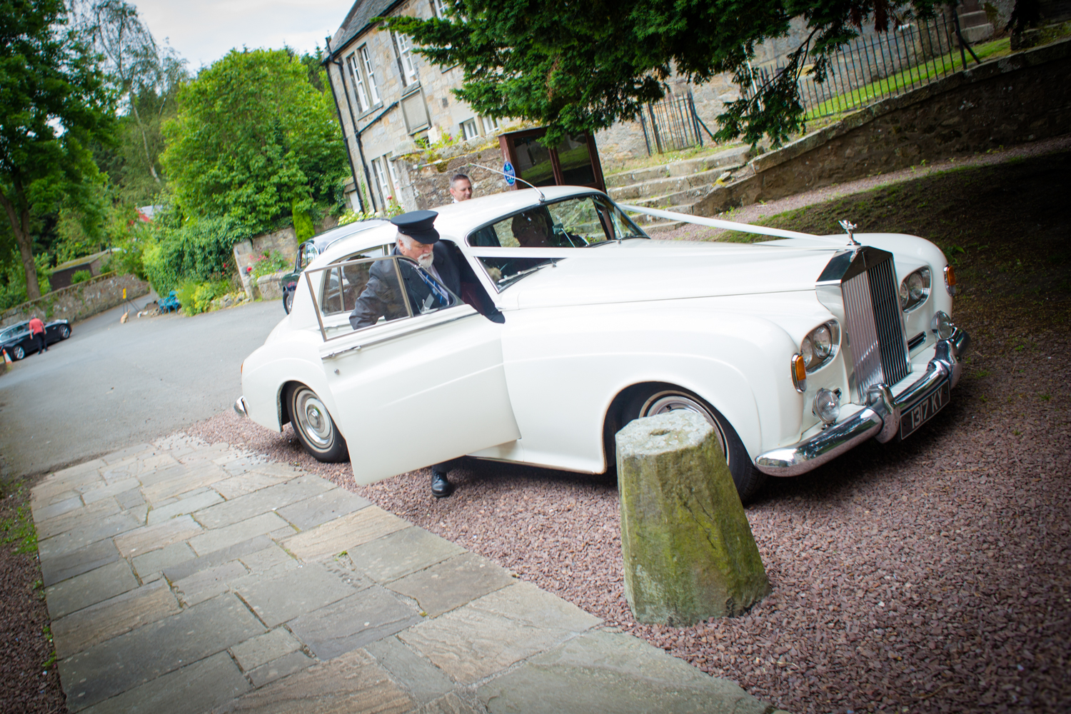 Clare and Charles wedding day blog-16.jpg
