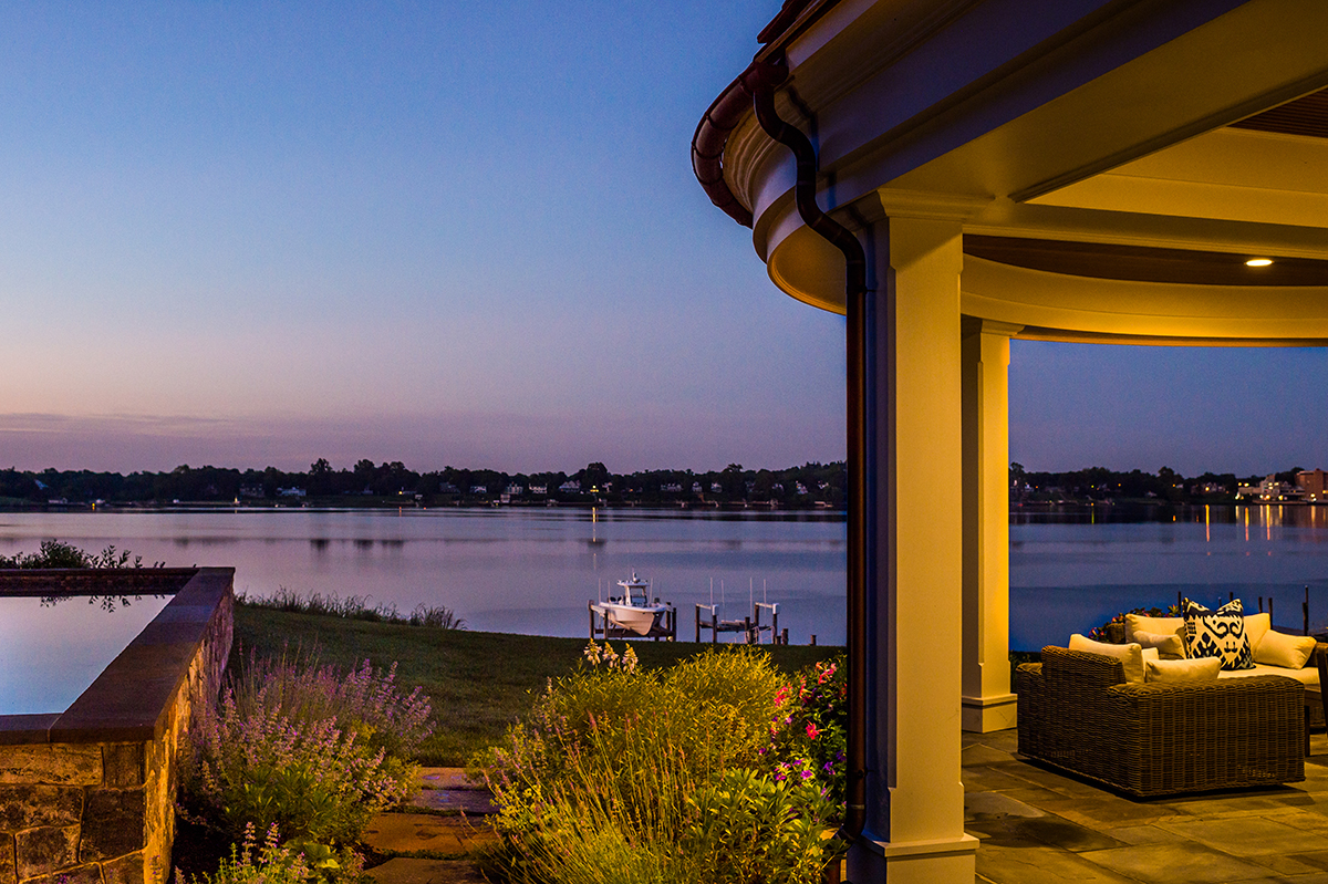 govel_tuftsnavesink_001-reduced.jpg
