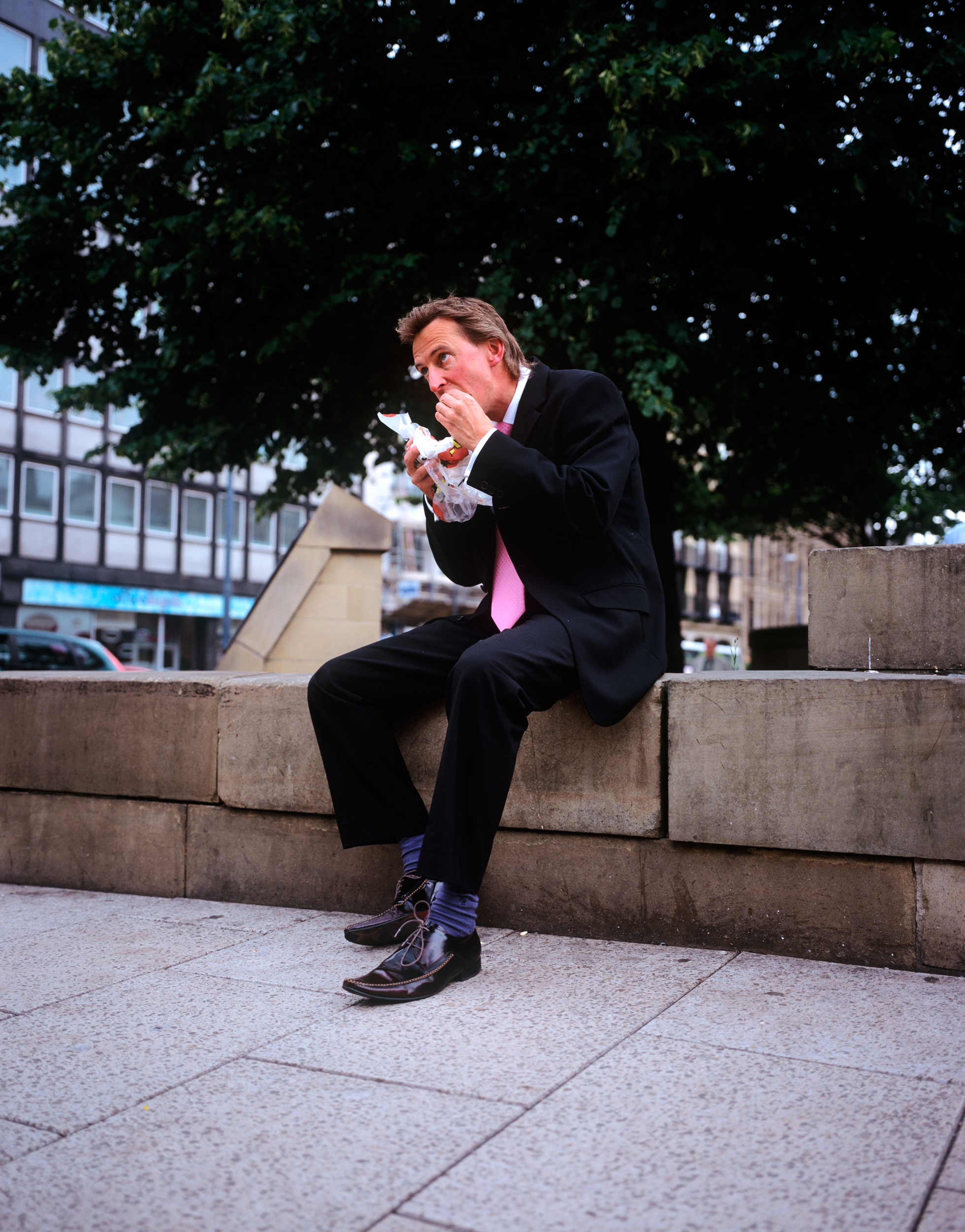 Lunch Hour - Across the north of England, people make time for a bite to eat away from their desks.