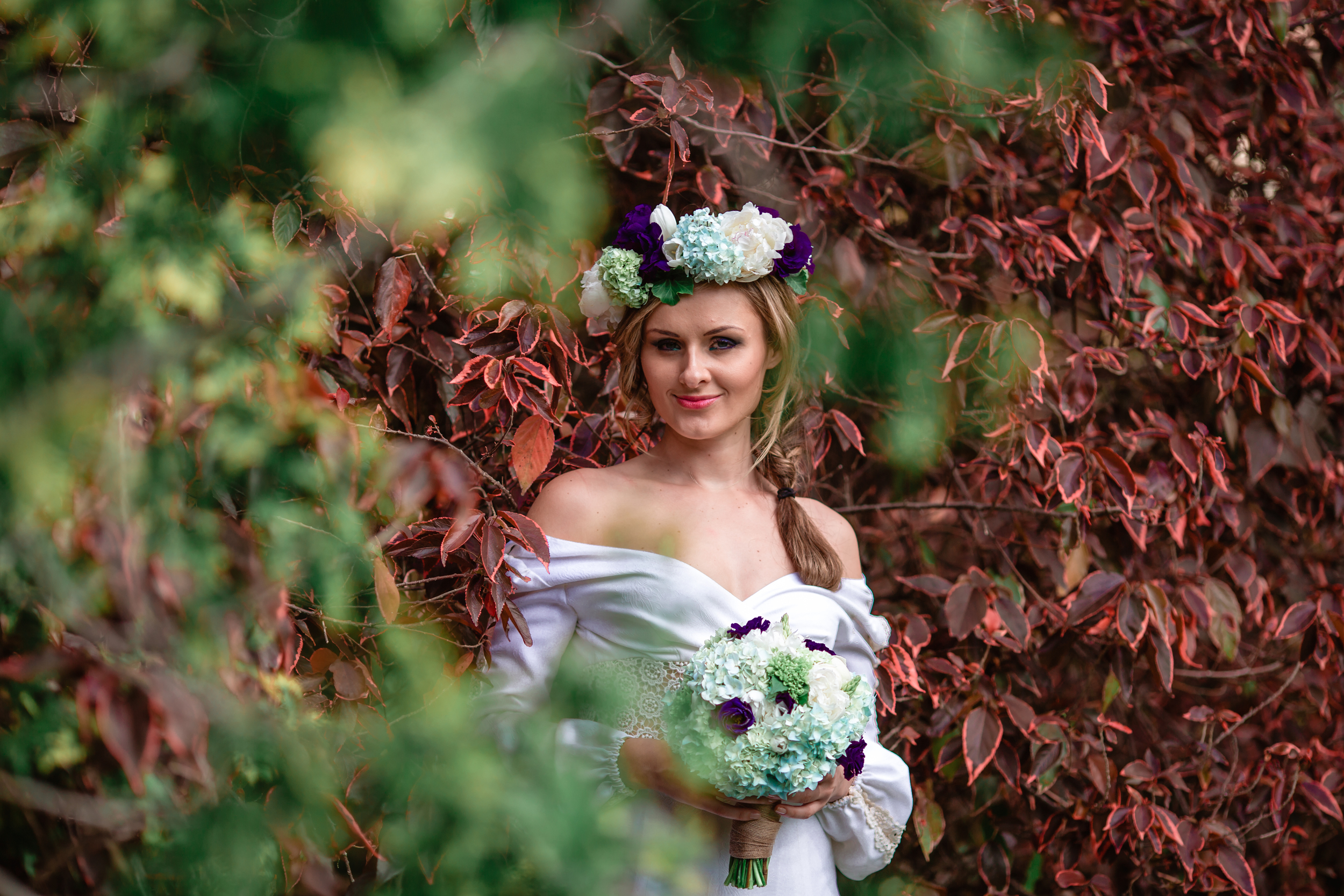 Garden Wedding - Floral Crown and bridal bouquet 12.jpg
