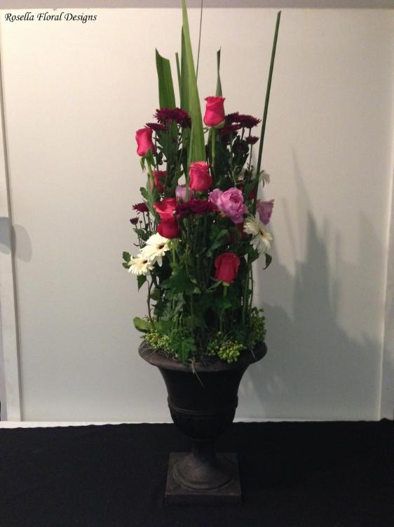 Corporate arrangement in urn 2.JPG