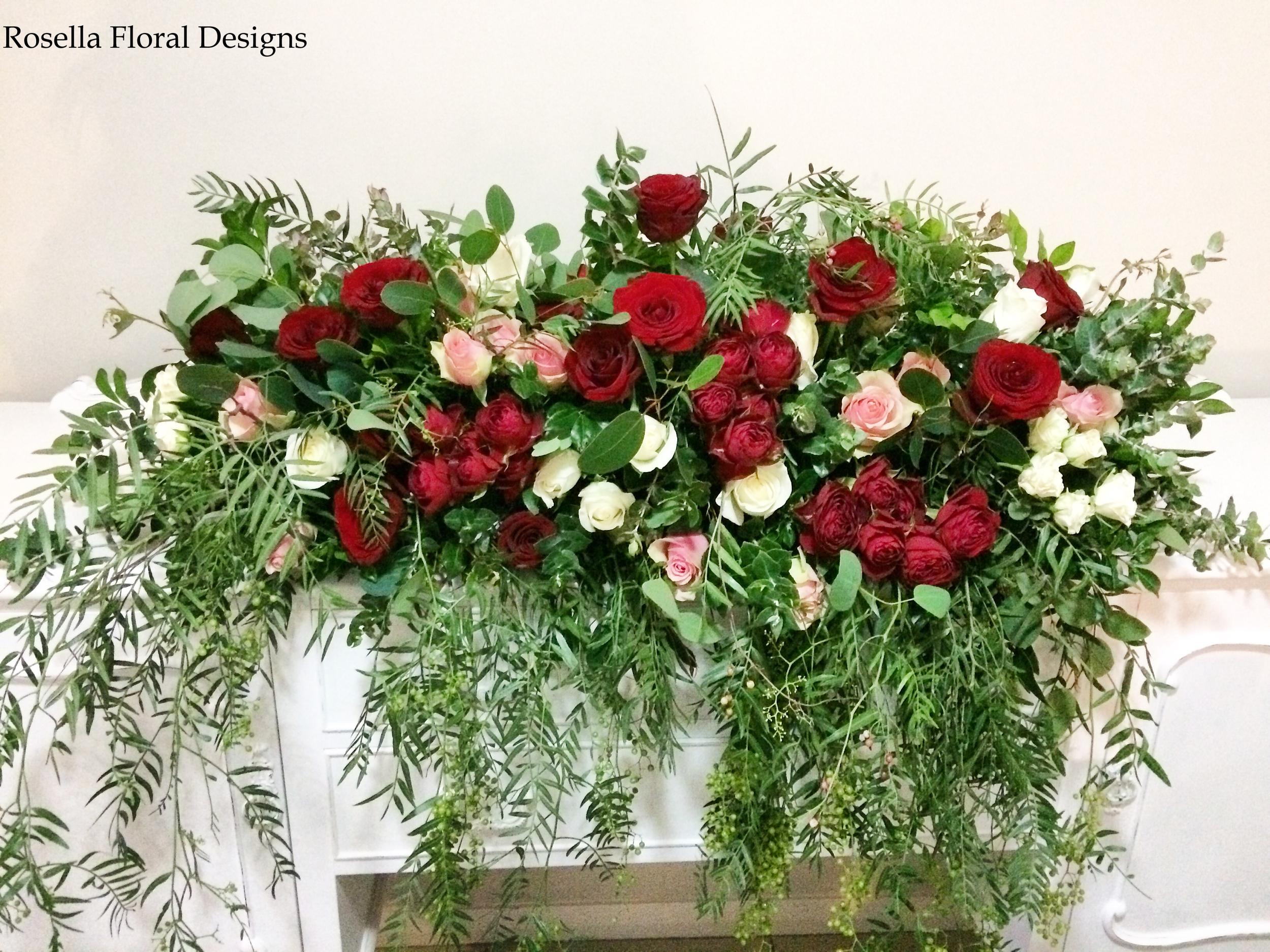 Bridal Table Floral arrangement.png