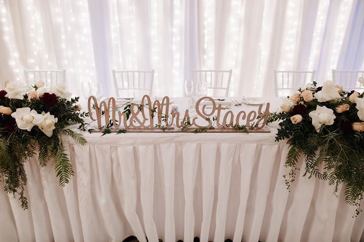 Bridal table flowers.jpg
