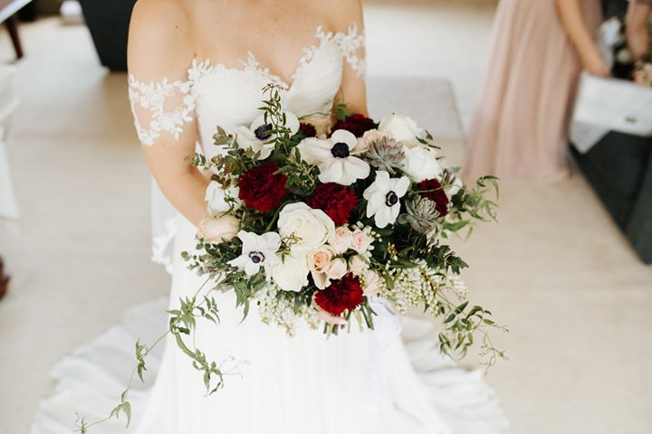 burgundy, white bridal bouquet.jpg