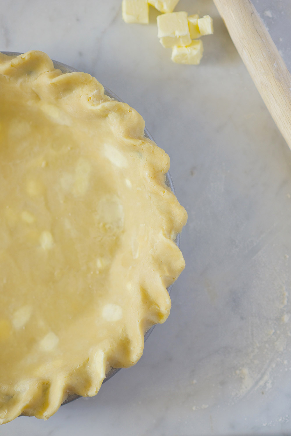 classic-single-pie-crust-2_0815.jpg
