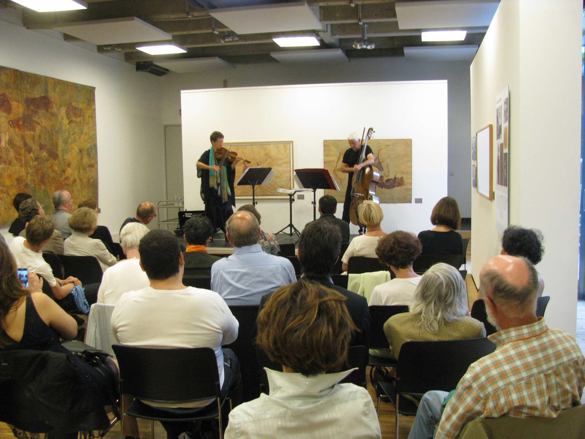 Maya Homburger and Barry Guy perform for a packed house at Goethe-Institut Paris.