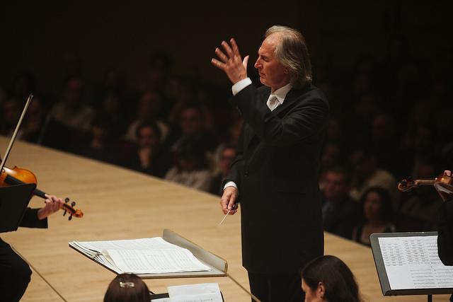 Tõnu  Kaljuste conducts  Fratres  at Carnegie Hall. May 31, 2014. Photo: Eleri Ever.