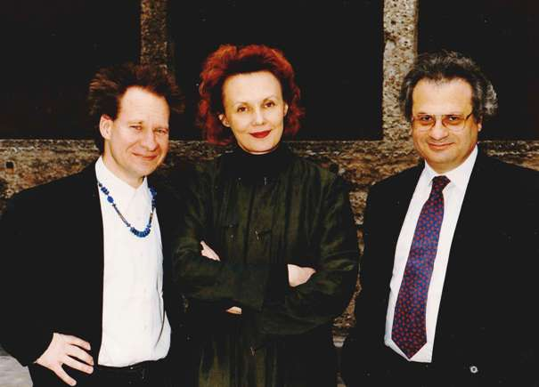 Kaija Saariaho with with Peter Sellars (left) and Amin Maalouf (right) in Salzburg, 1999. Courtesy Kaija Saariaho.