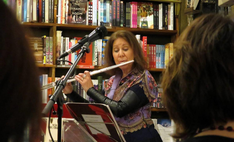Camilla Hoitenga performs the music of Kaija Saariaho.