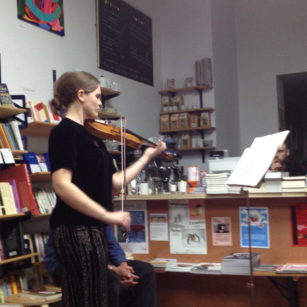 Beatrice Phillips performs Bach's  Sonata no. 1 in G minor. Image courtesy of Daniela Petracco.