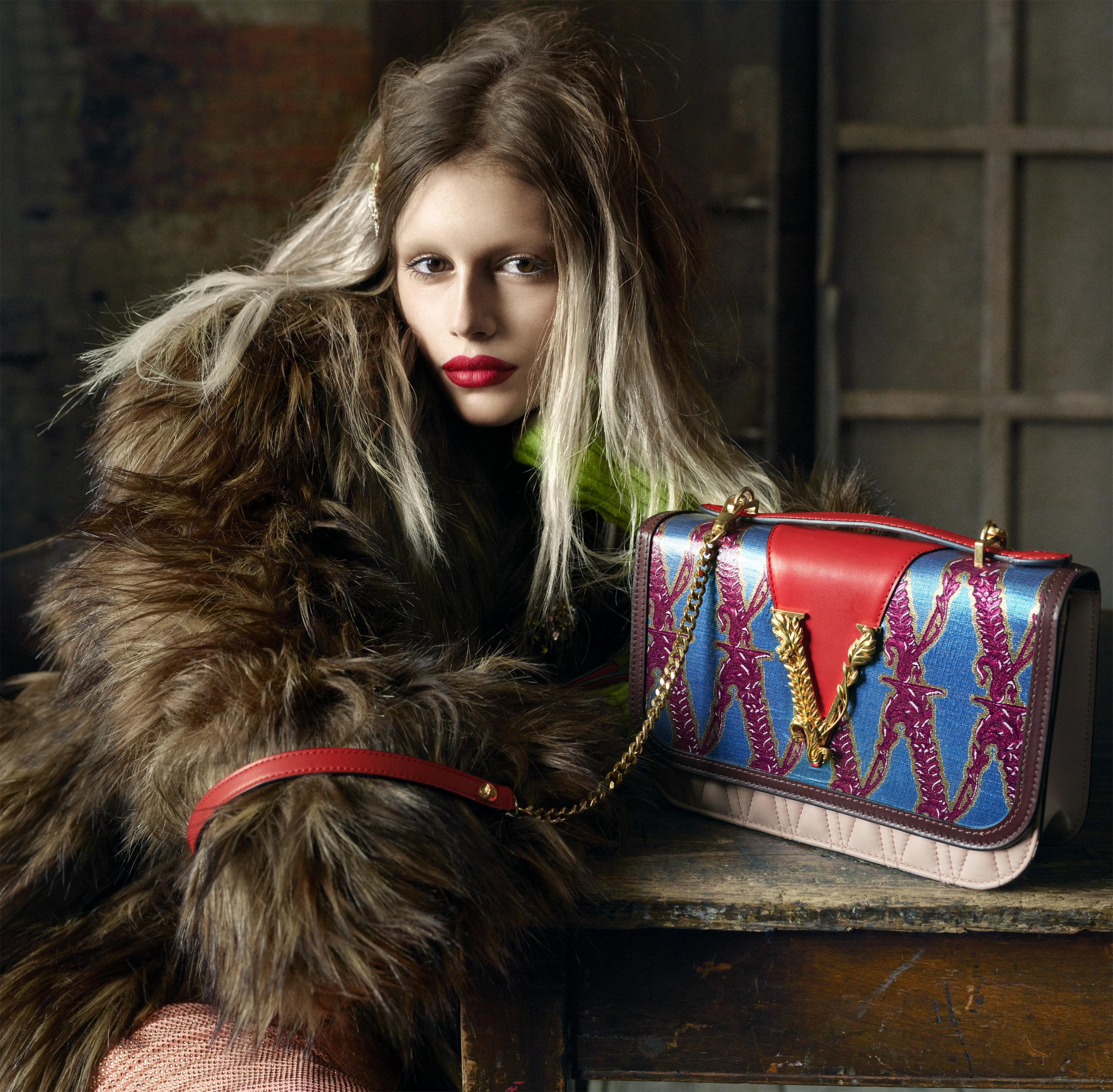 Versace-FW19-Adv-Campaign (1).jpg
