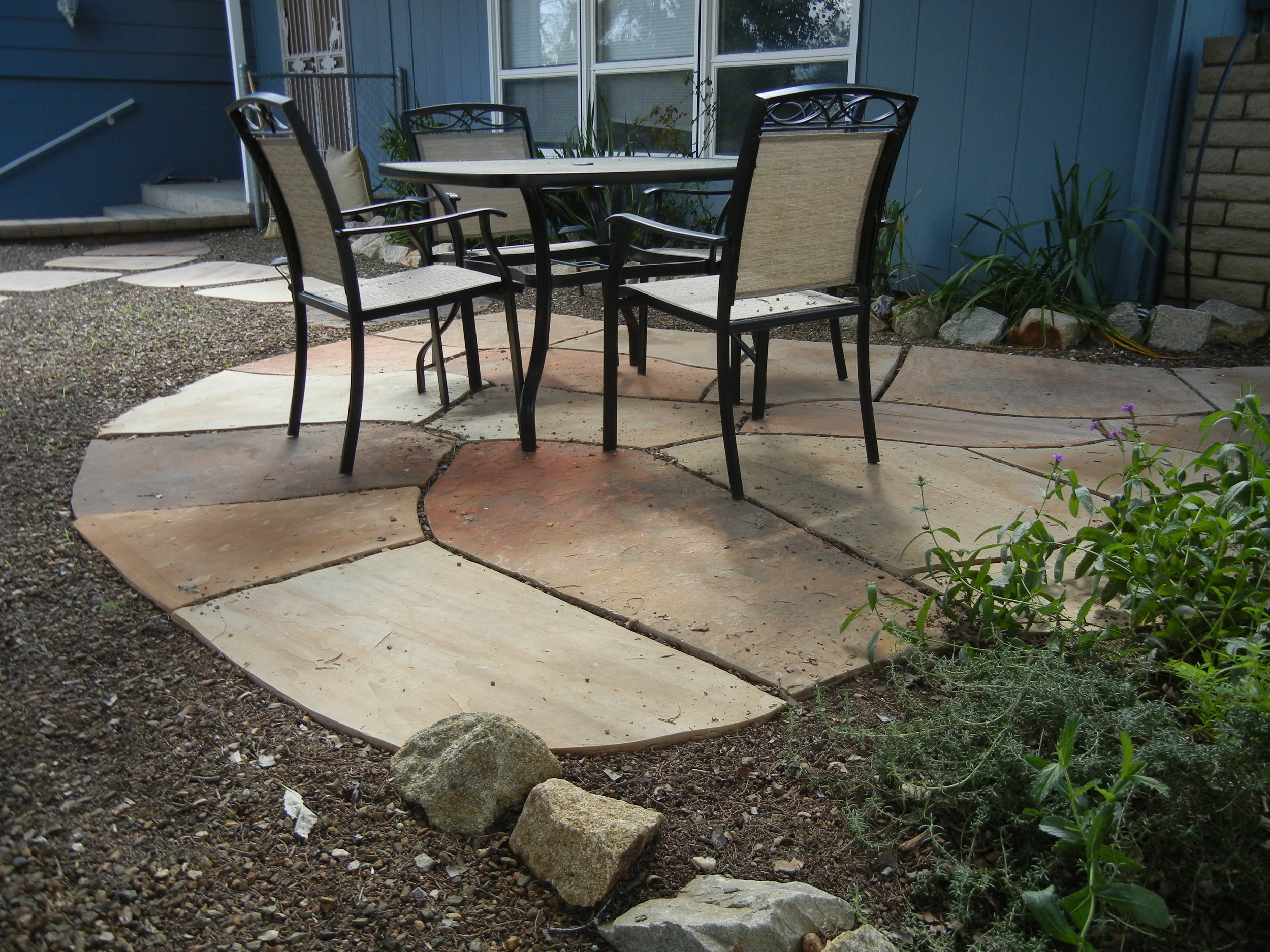 Small front yard patio