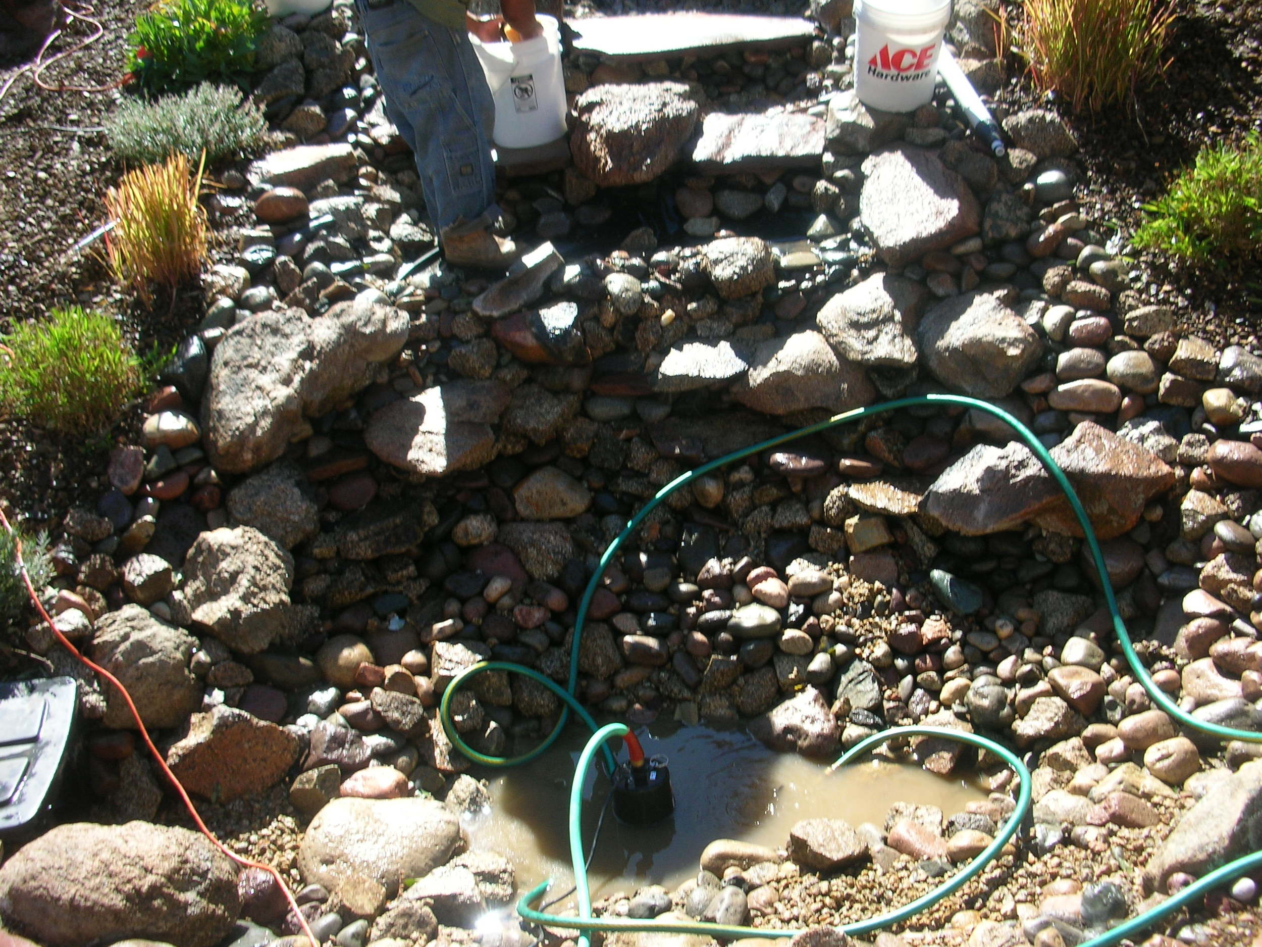 Pond and water feature cleaning