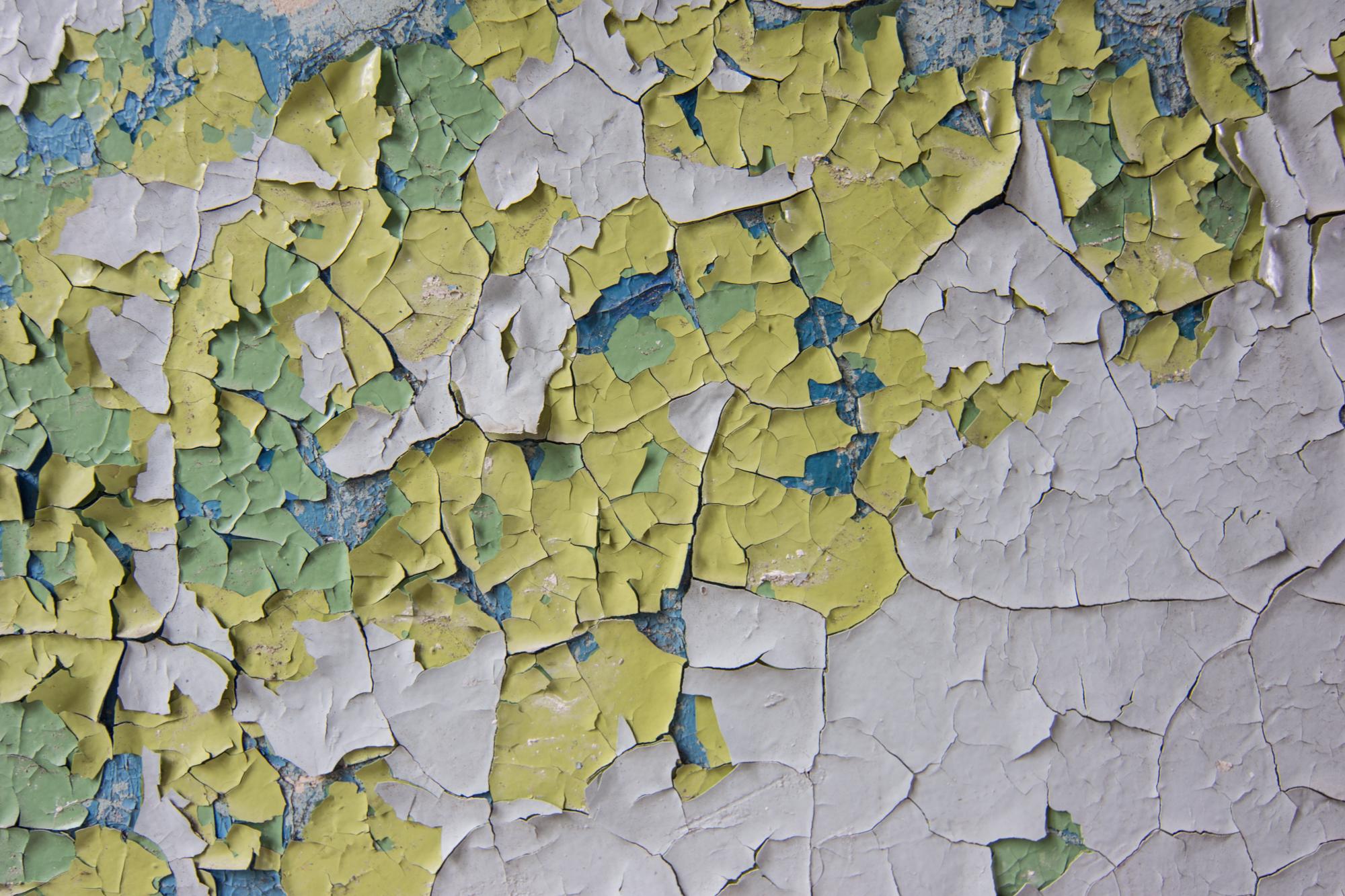 peeling paint 19