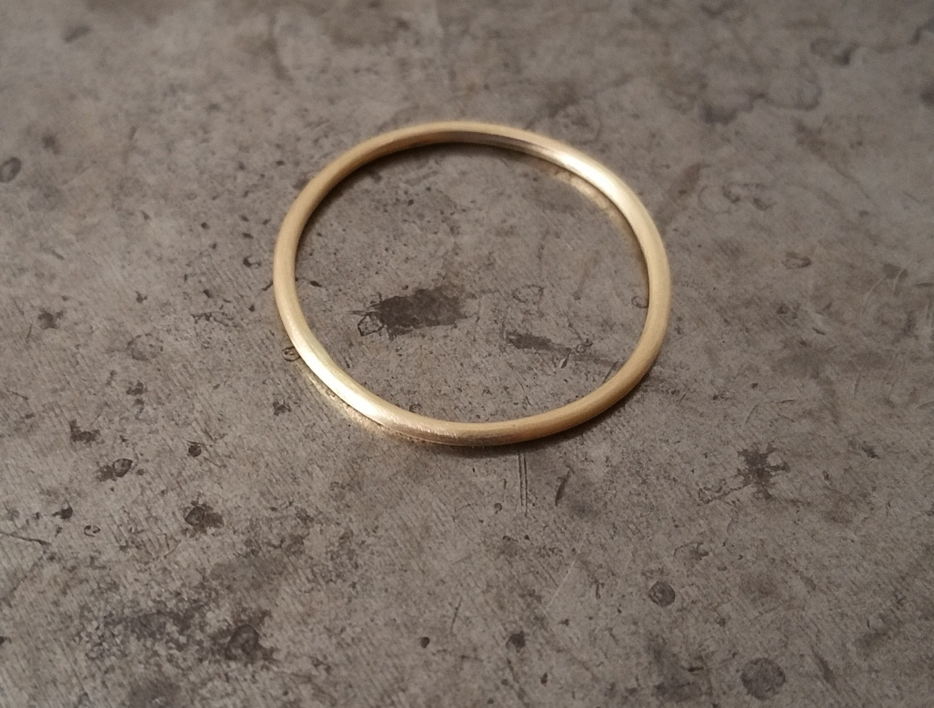 14K yellow gold wedding ring.jpg