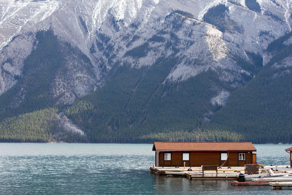 20141108 Lake Minnewanka LJ 0002.jpg