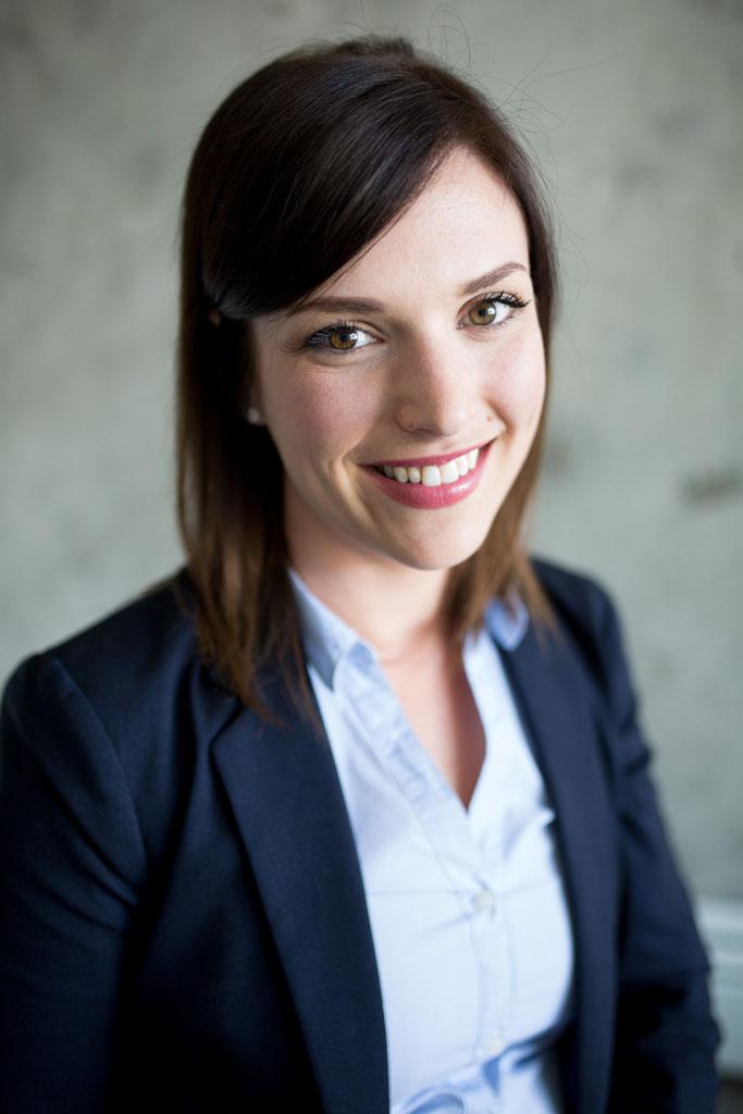 Laura Grace Photography Calgary Headshots