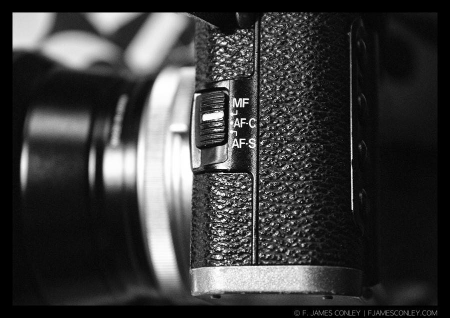 Manual focus is just a click away.