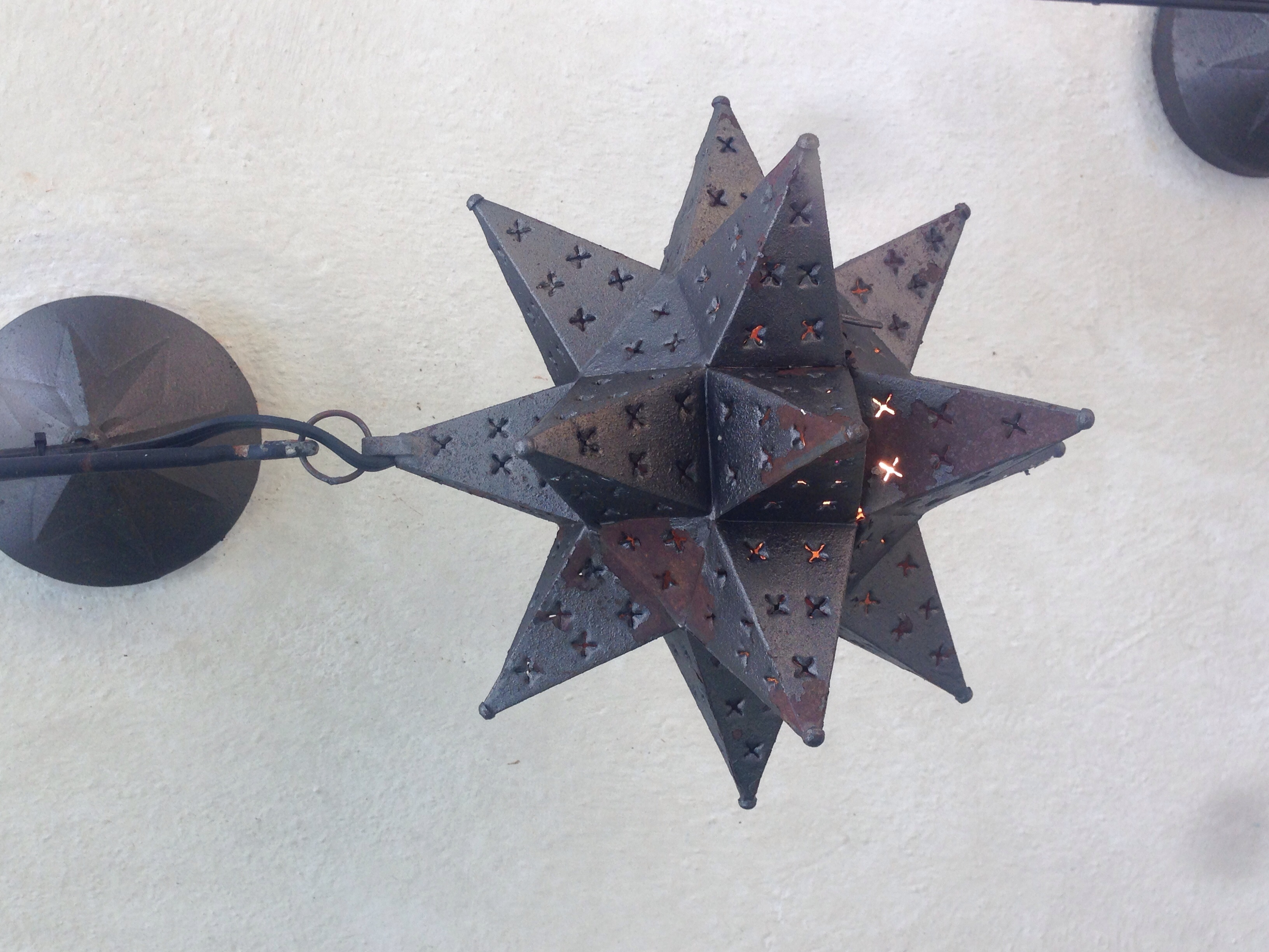 Mexican star lanterns helps add to the ambience with soft lighting.