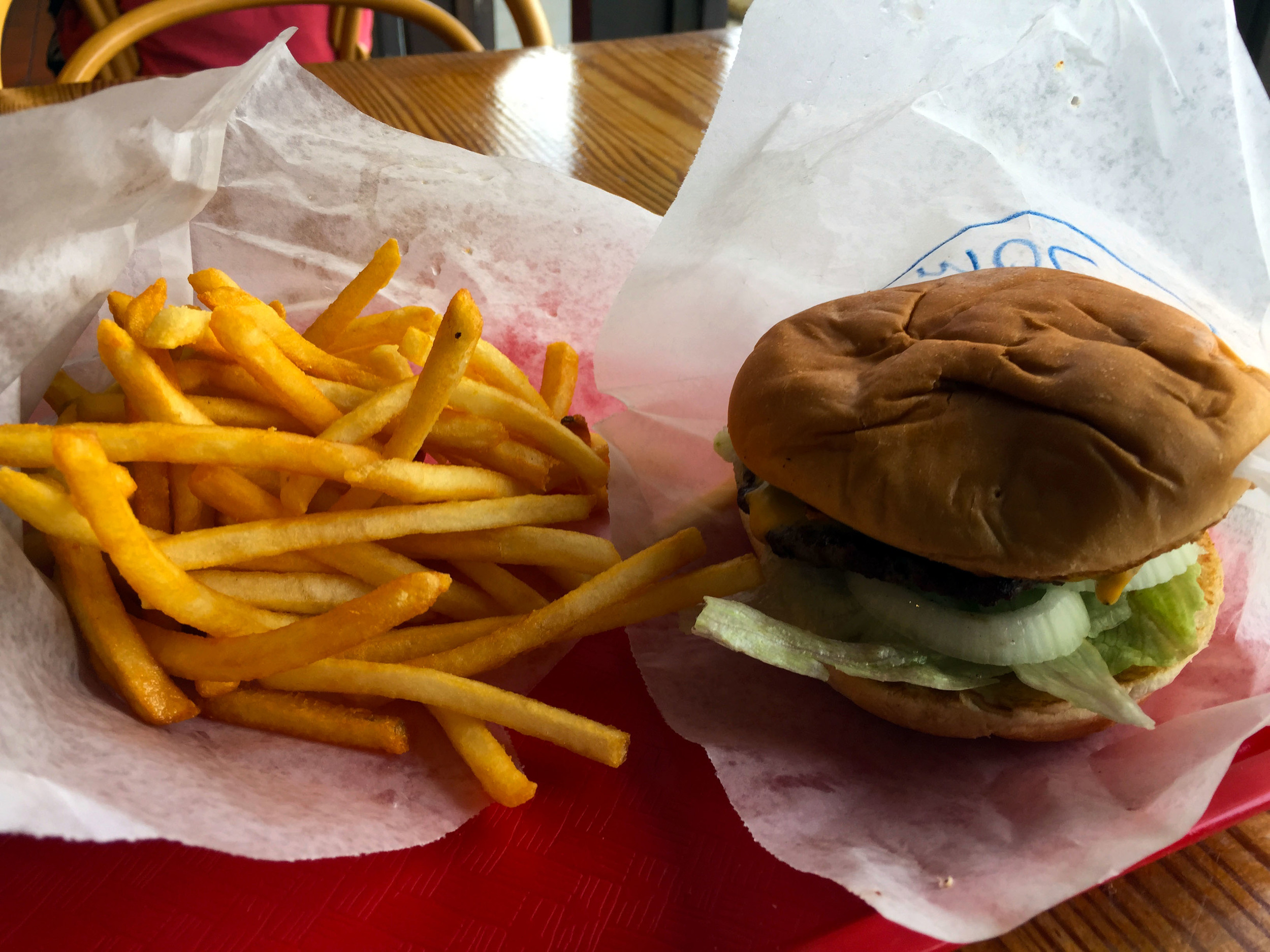 Annie's Old-Fashioned Cheeseburger