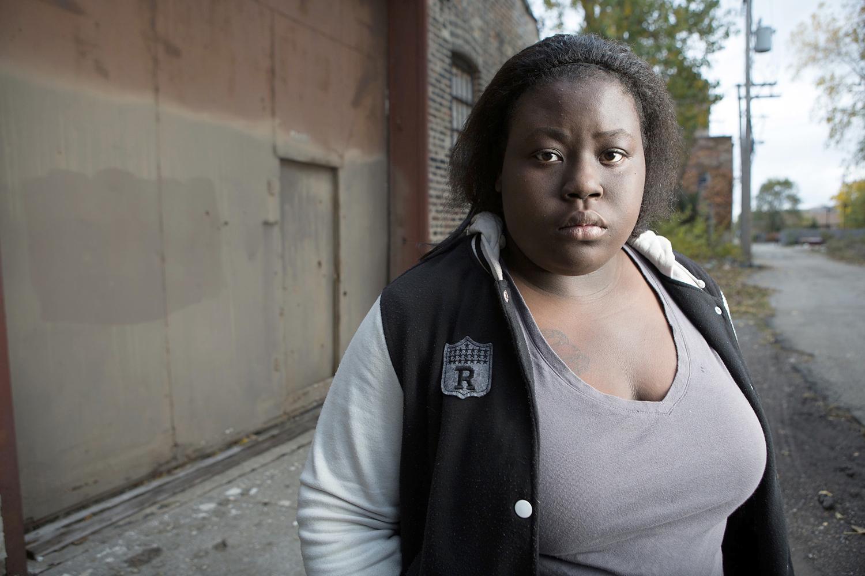 AfroAmerican-Teen-Street-Female-1394w.jpg