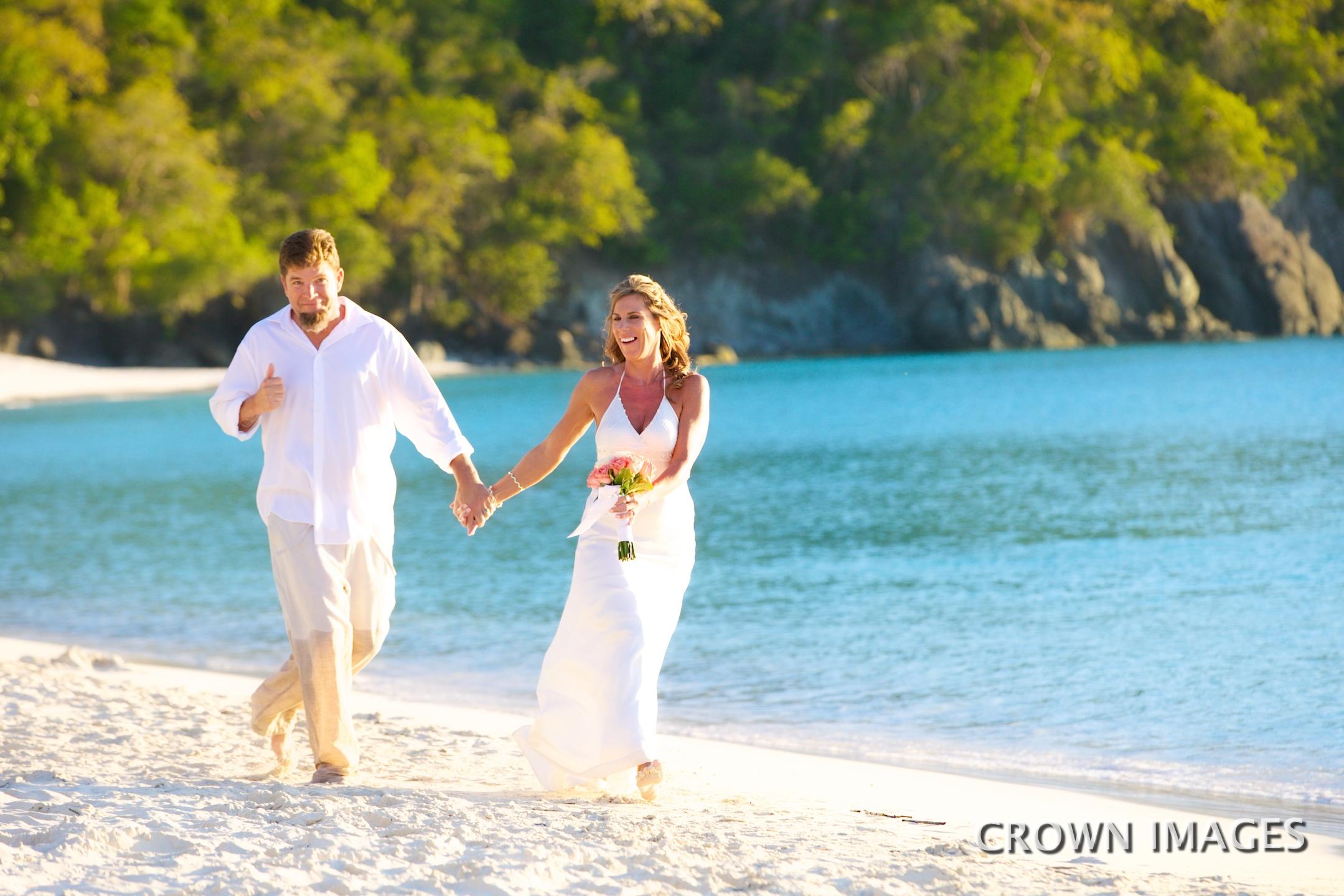 trunk bay beach wedding