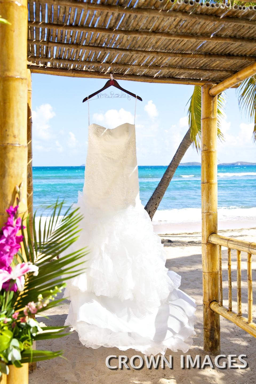 wedding dress for st thomas