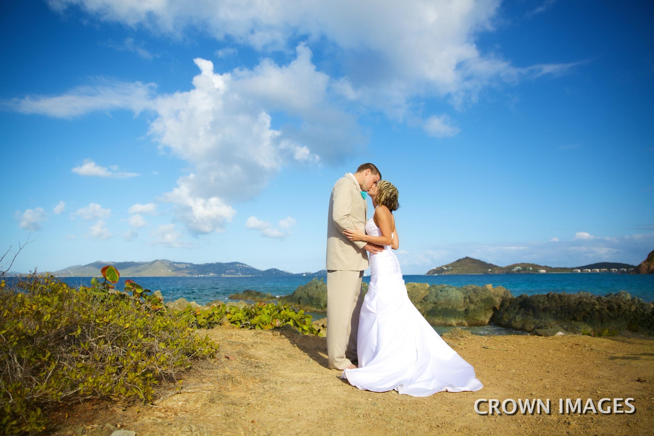 beach wedding on st thomas