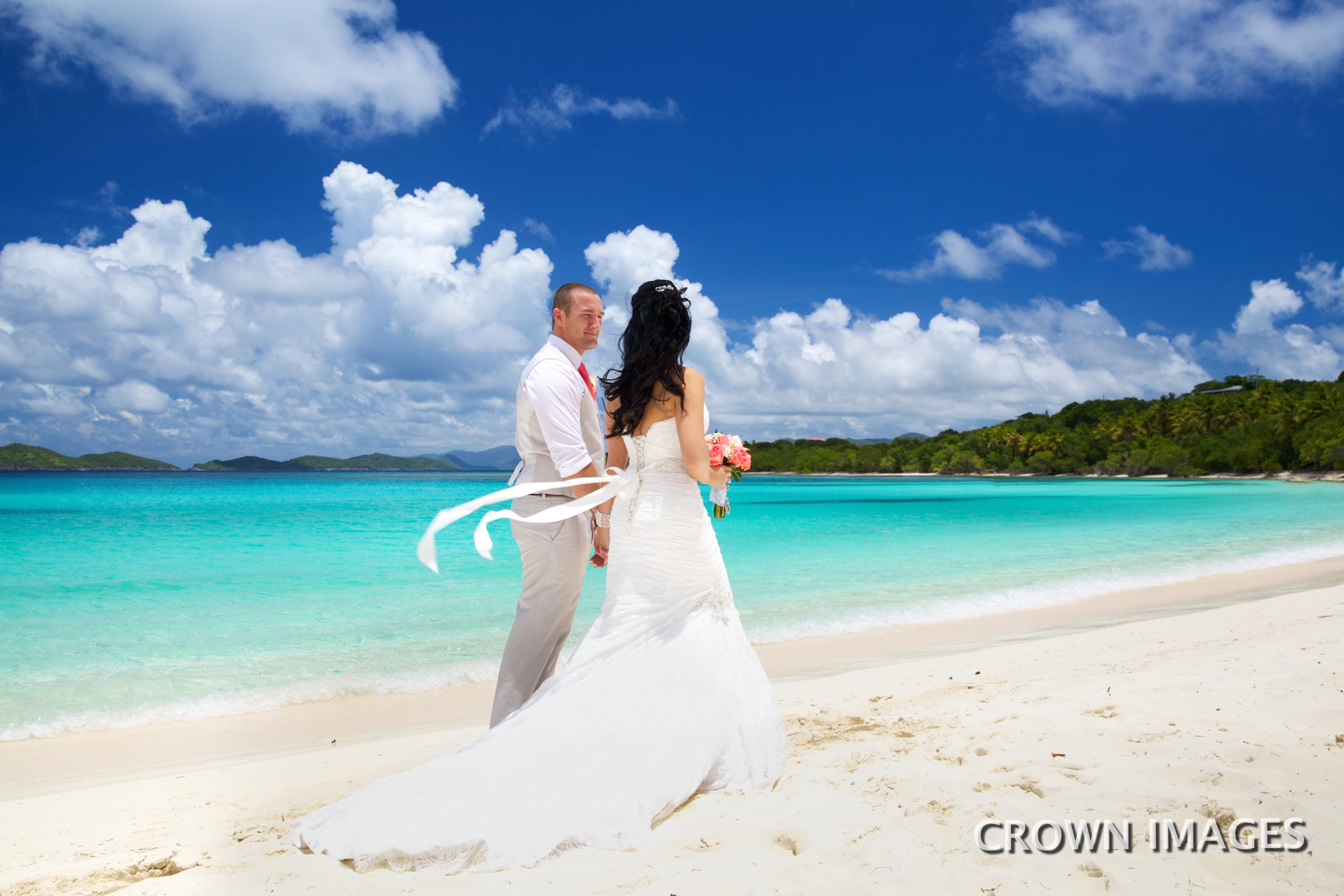 wedding at lindquist beach st thomas photo by crown images