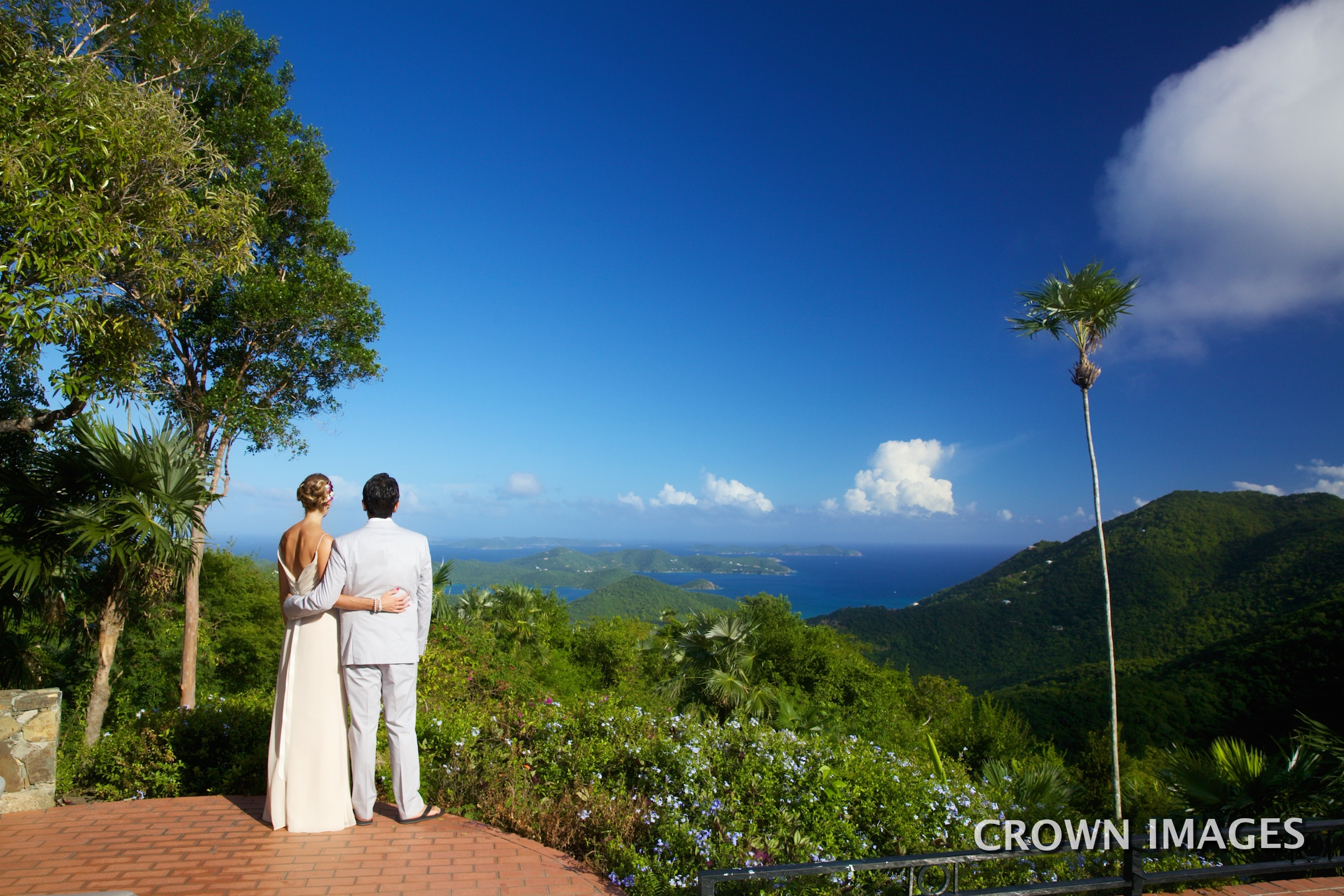 wedding photos at villa on st john by crown images