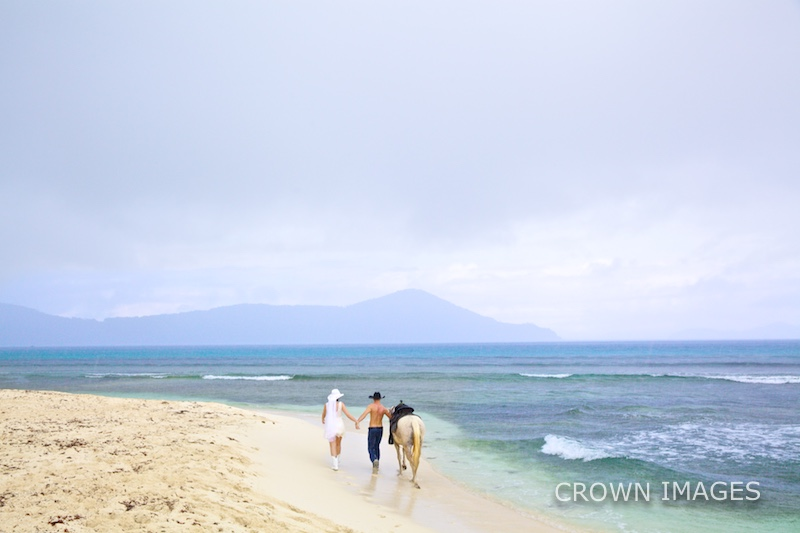 virgin islands wedding on the beach photography by crown images