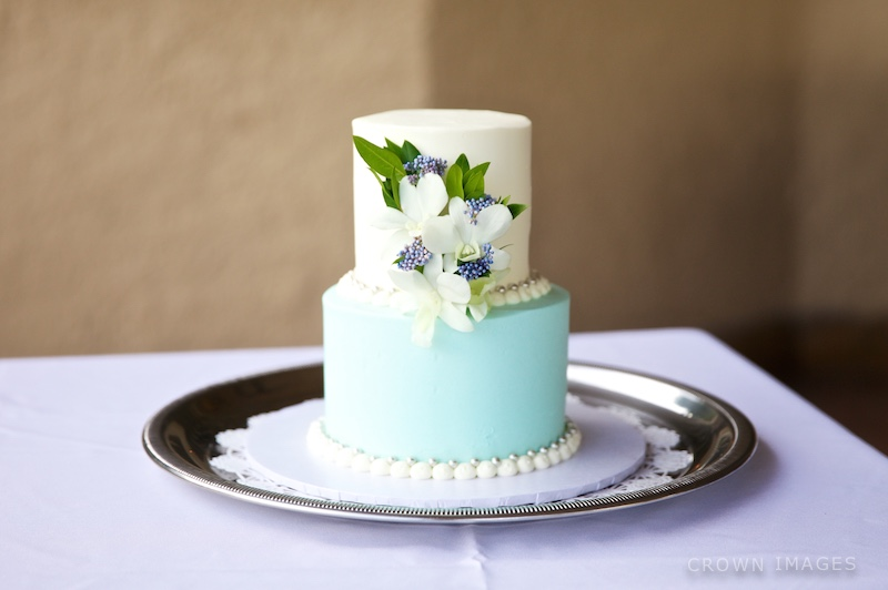 wedding cake st thomas by crown images