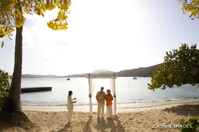 st thomas wedding photos at secret harbour