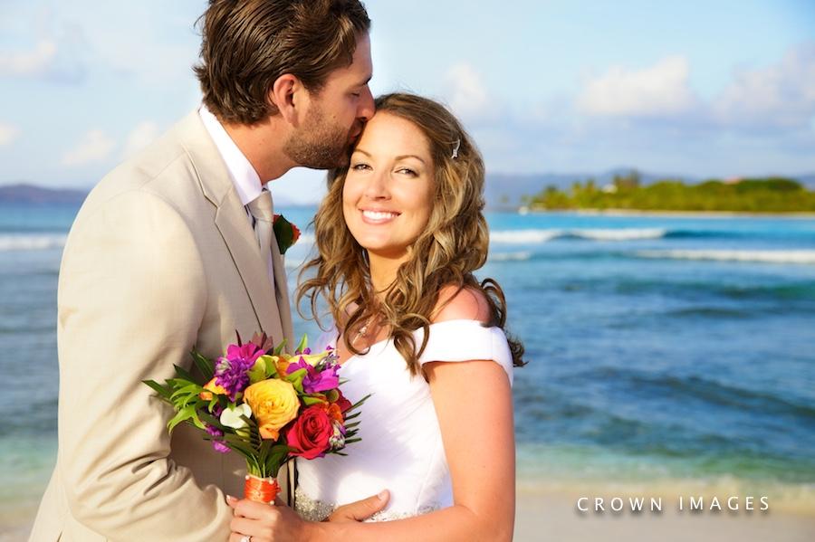 tips for better wedding photos on the beach