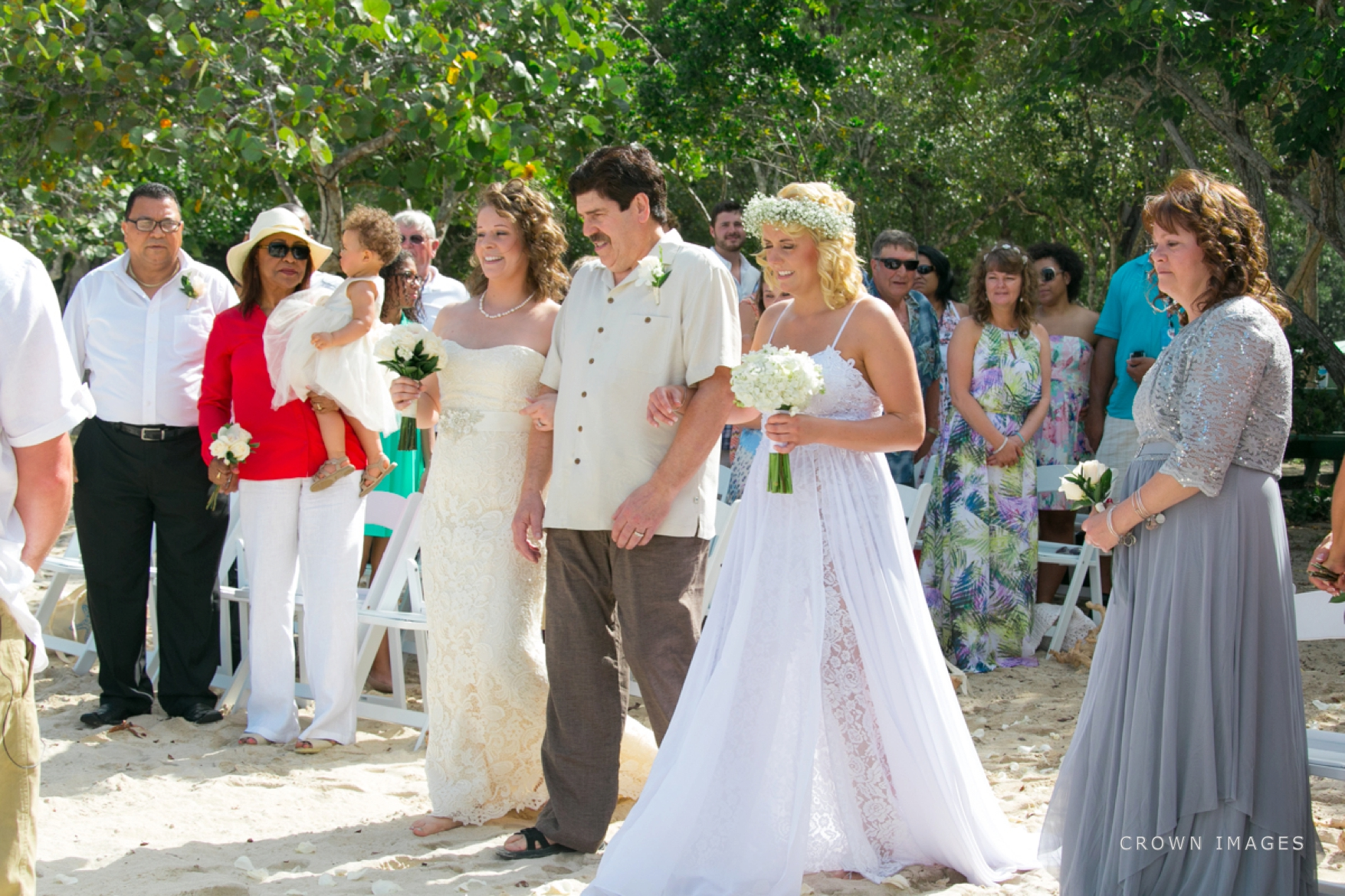wedding_photos_saint_thomas_crown_images_0571.jpg