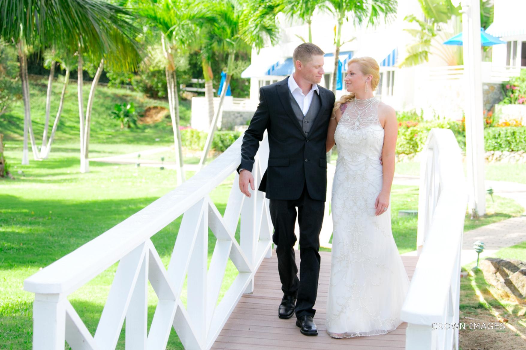 wedding_photos_saint_thomas_crown_images_0593.jpg