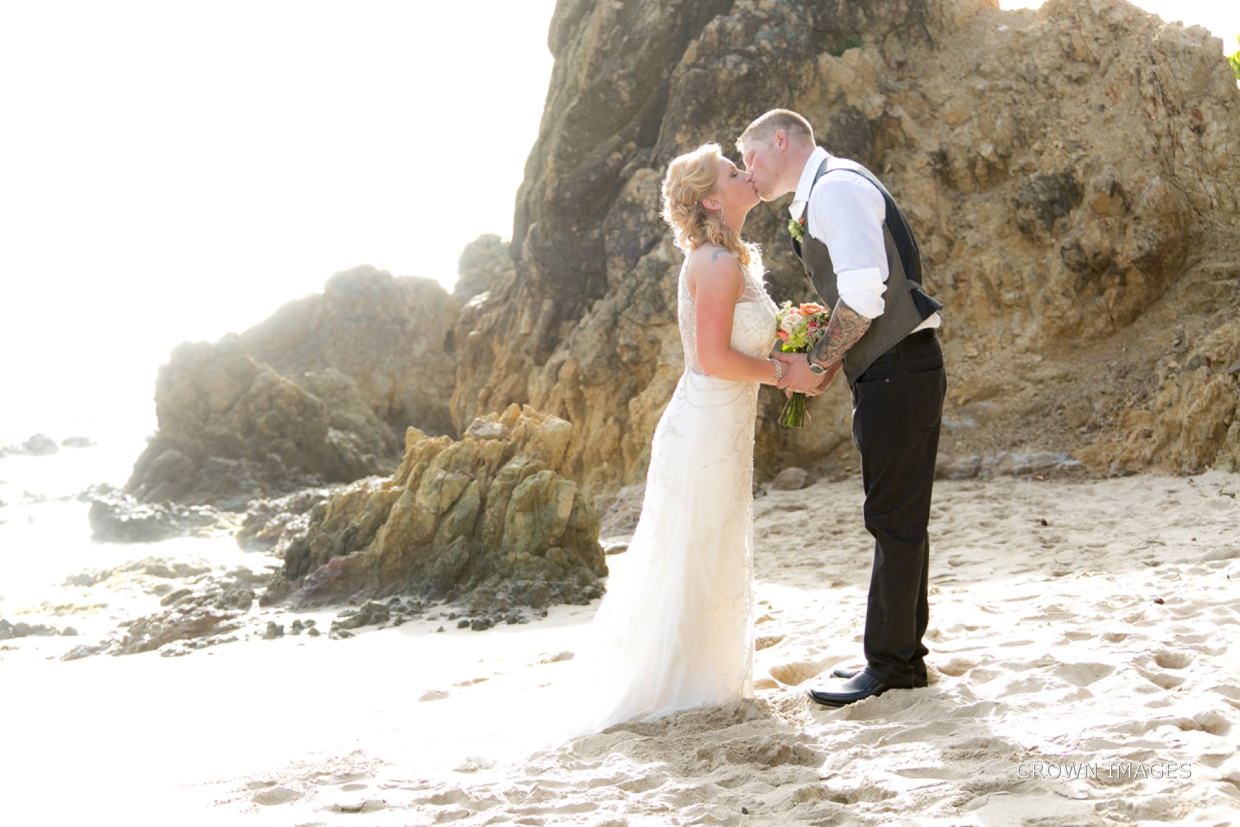 wedding_photos_saint_thomas_crown_images_0598.jpg