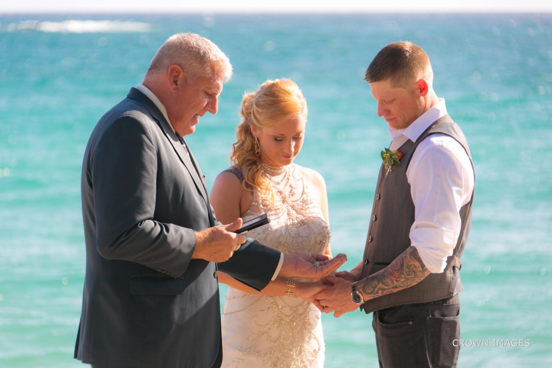 wedding_photos_saint_thomas_crown_images_0604.jpg