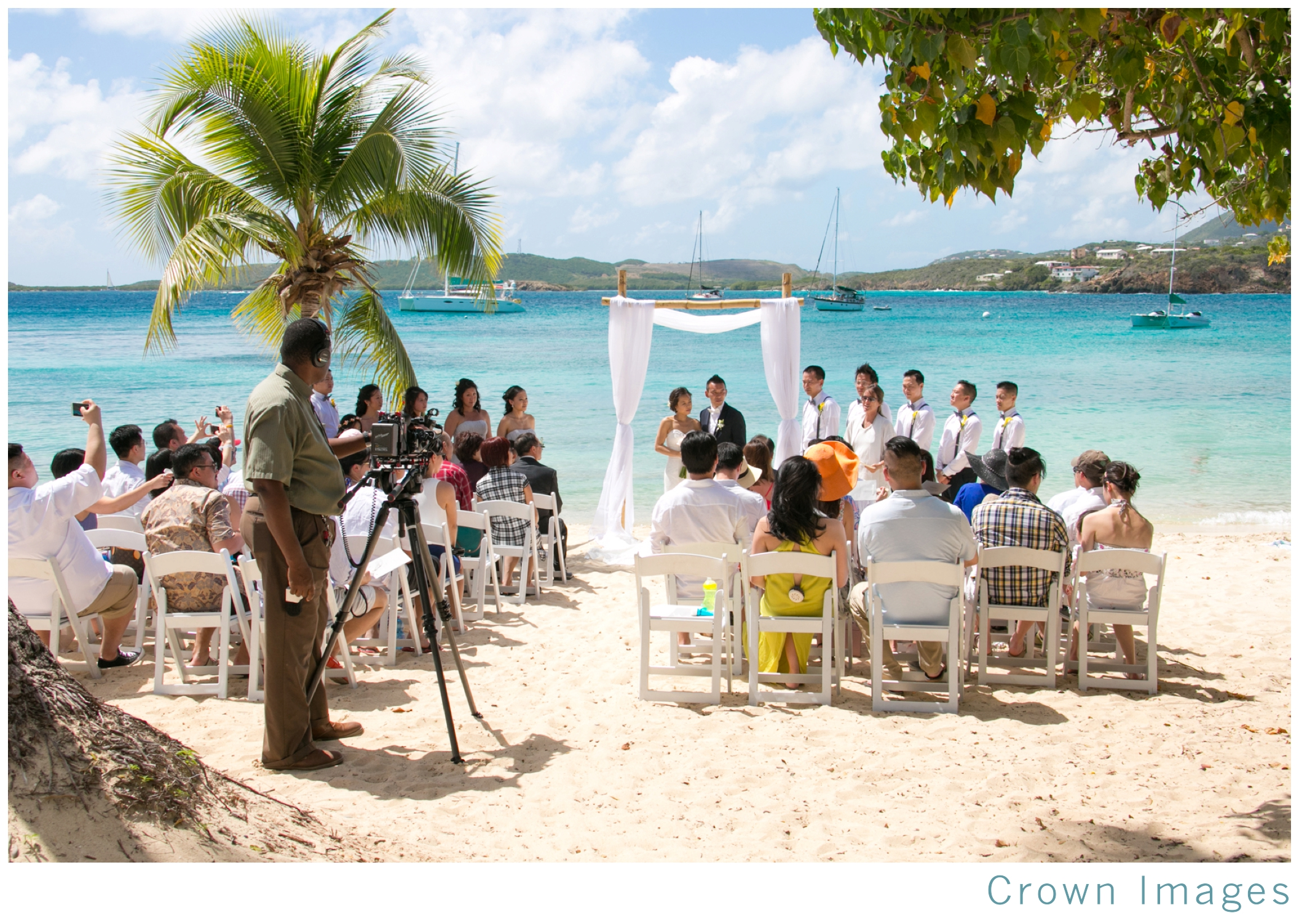 st_thomas_wedding_photographer_0799.jpg