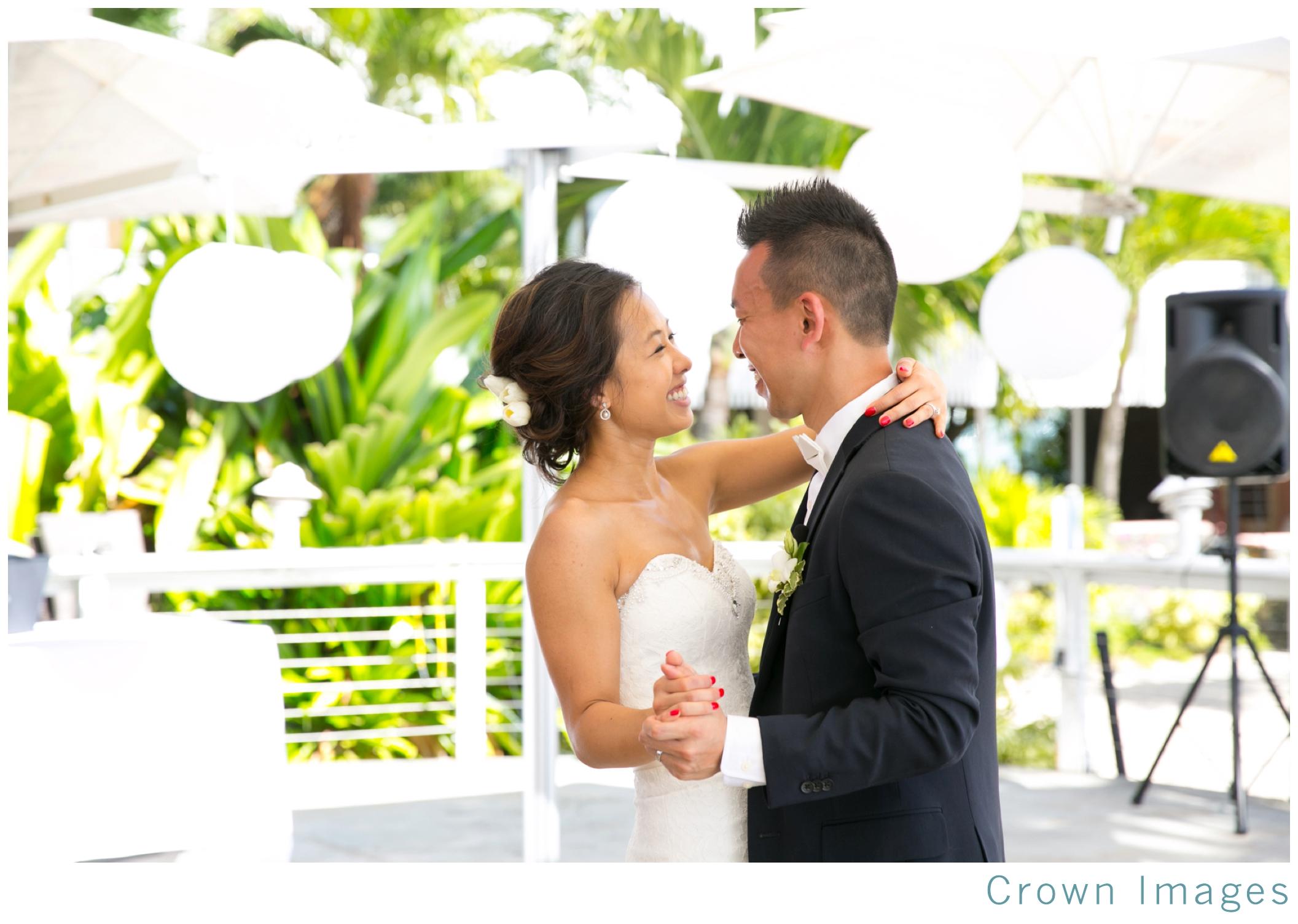 st_thomas_wedding_photographer_0810.jpg