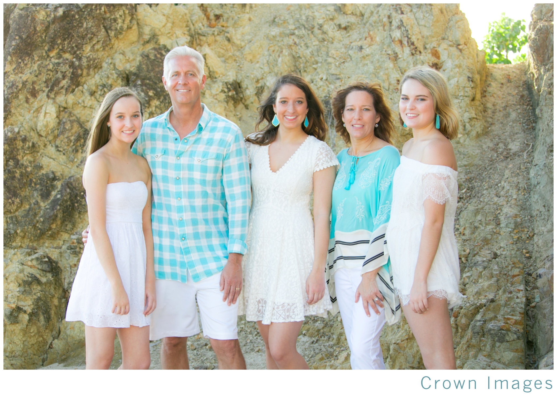 st_thomas_family_photographer_0823.jpg