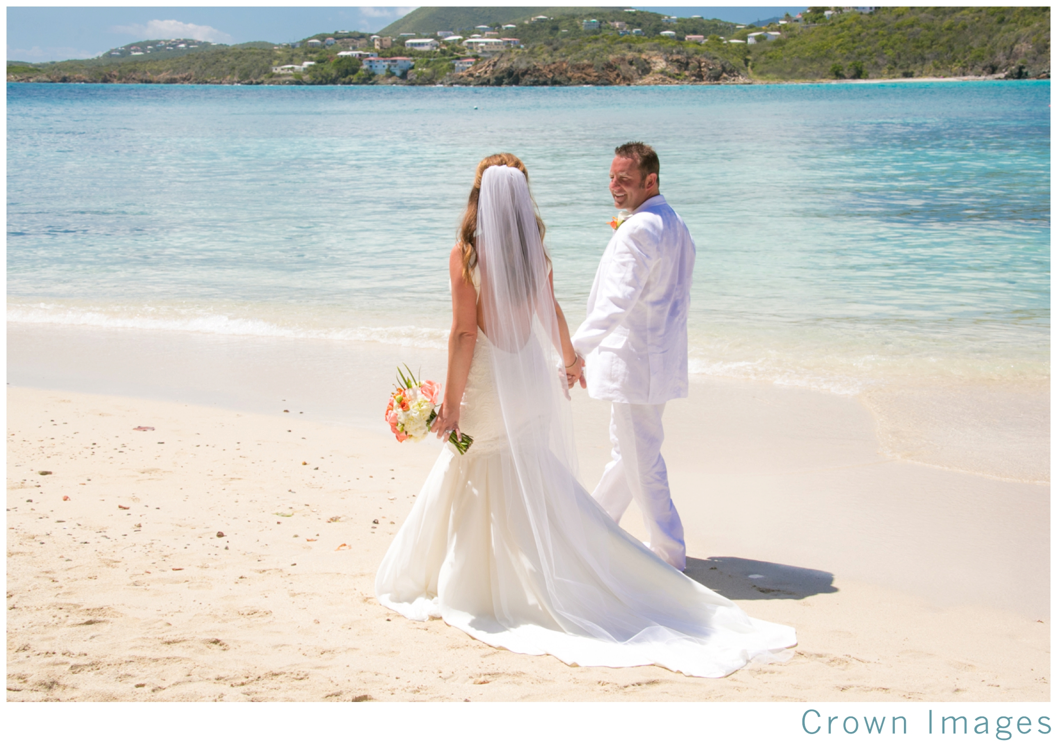 wedding-photos-st-thomas-secret-harbour-beach_1066.jpg