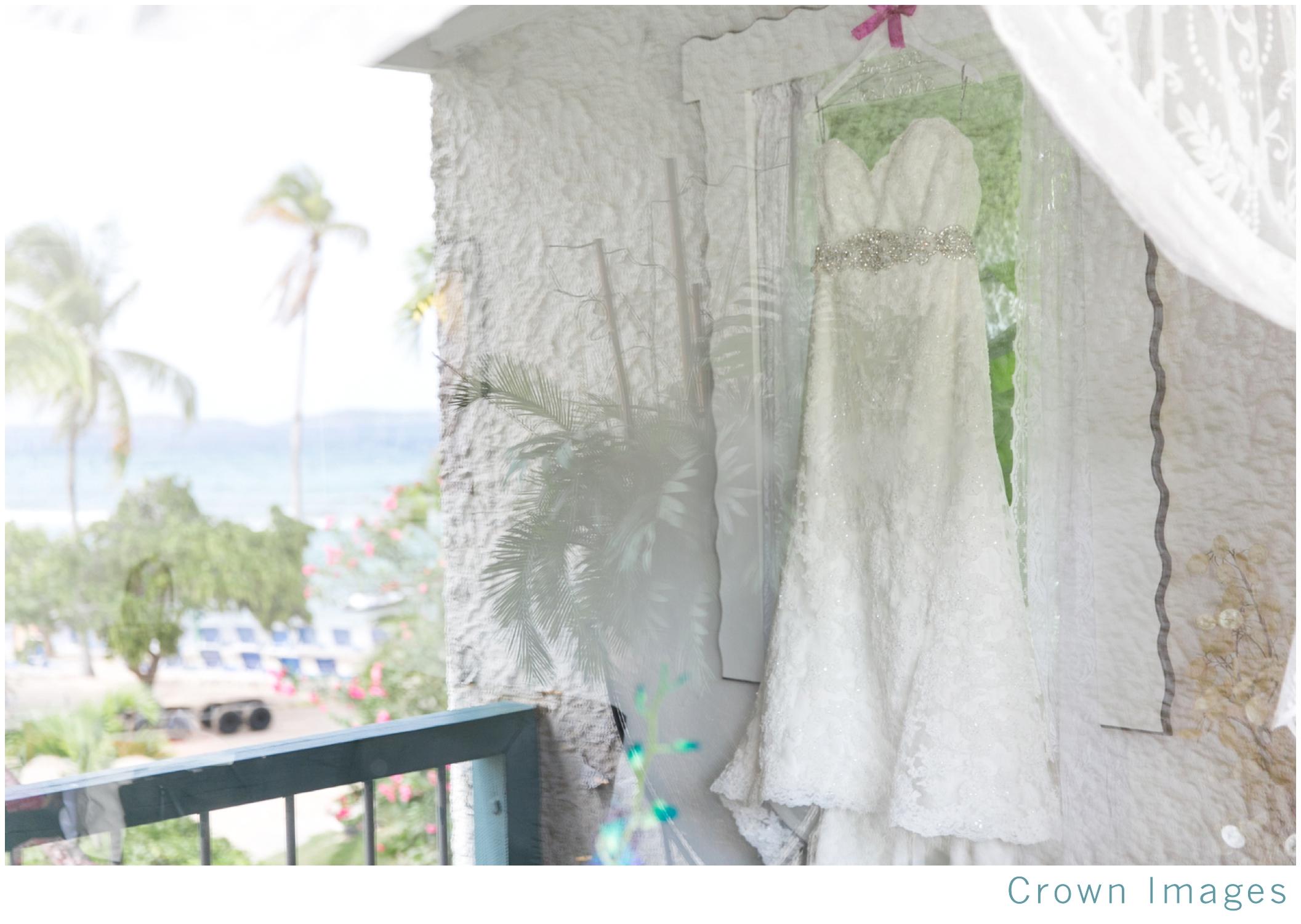 wedding photos at bolongo bay beach resort_1542.jpg