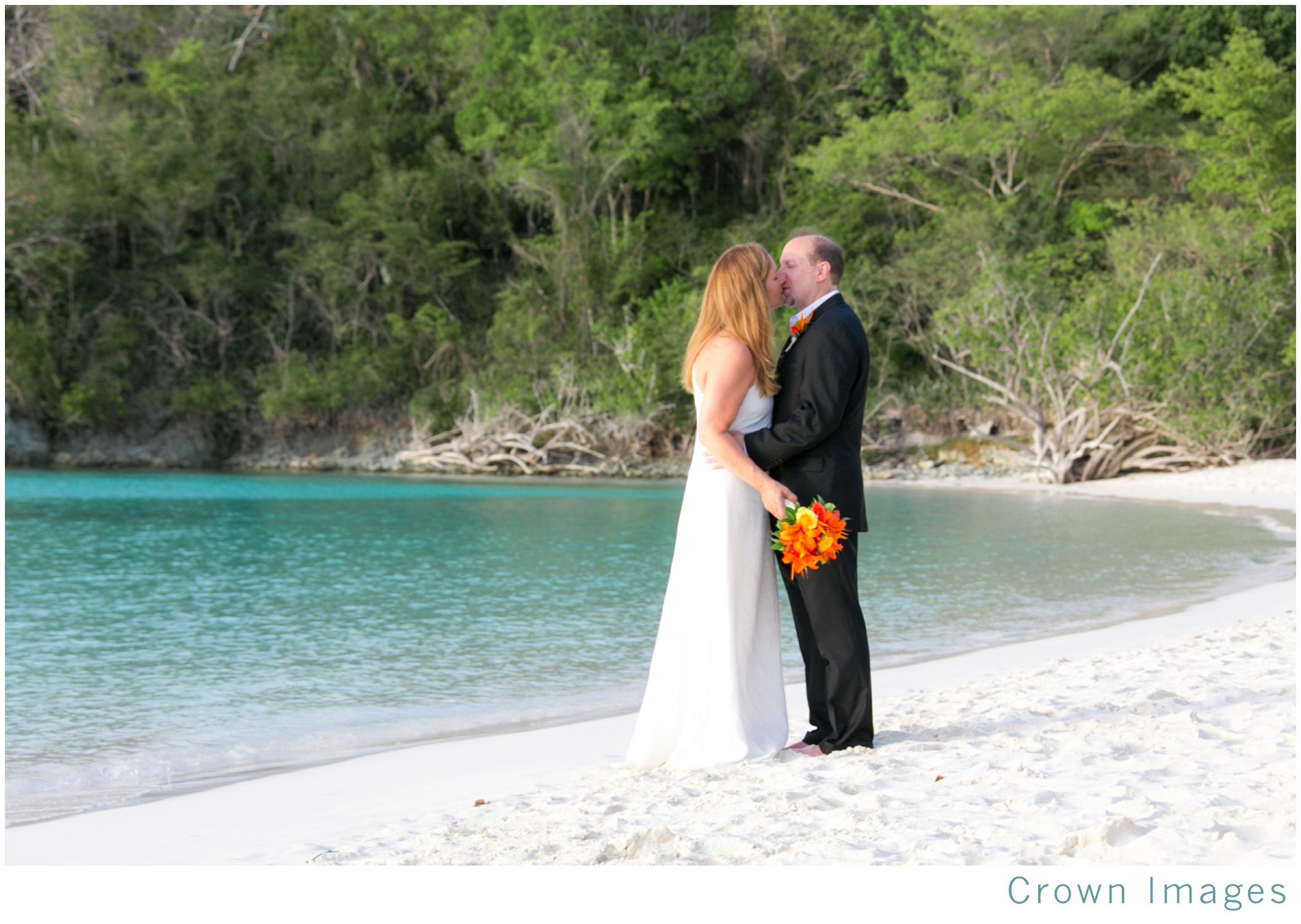 trunk-bay-beach-wedding-photos-st-john_1836.jpg