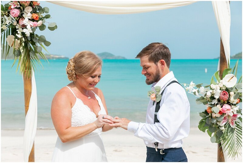 st_thomas_beach_ceremony
